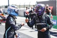 """Kodėl """"Mercedes"""" atidavė antrą vietą Verstappenui?"""
