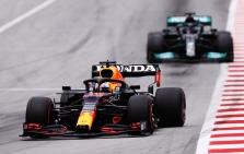 """Mercedes"" įvardijo pagrindinę ""Red Bull"" bolido problemą"