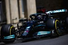 """""""Mercedes"""" turi teoriją dėl bolido problemų paskutinėse lenktynėse"""