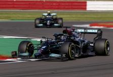 """""""Mercedes"""": didesnių bolido atnaujinimų šiemet nebebus"""