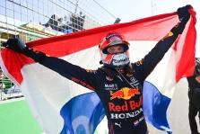 """M. Verstappenas ir """"McLaren"""" - populiariausi """"Formulėje-1"""""""